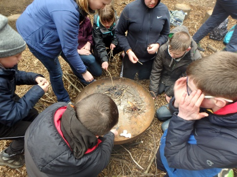 Green guardians groups learn the art of bushcraft